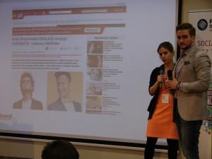 Przedstawiciele agencji Livebrand, podczas Kongresu Profesjonalistów PR, omawiają case study Łukasza Jakóbiaka i jego internetowego show.