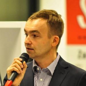 """Tomasz Reich, autor książki """"Jak dbać o wizerunek w mediach społecznościowych"""""""